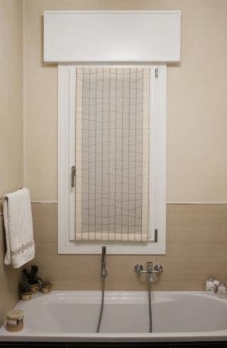 Tende a vetro in tessuto tenda facile by maglitto michele for Tende bagno